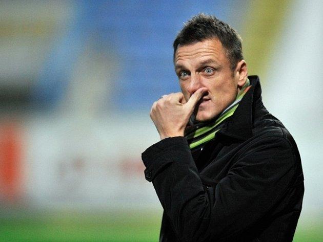 Trenér Dukly Luboš Kozel.