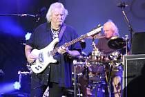 Zakládající člen slavné britské rockové kapely Yes baskytarista Chris Squire.