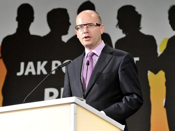 Programová konference ČSSD se konala 16. června v Hradci Králové. Na snímku je předseda strayn Bohuslav Sobotka při projevu.