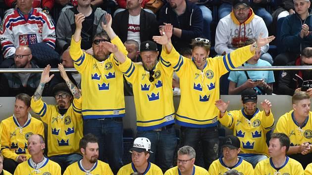 Fanoušci švédské hokejové reprezentace.