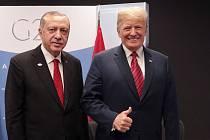 Turecký prezident Recep Tayyip Erdogan a americký prezident Donald Trump