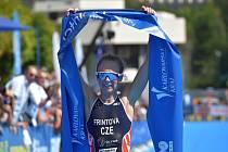 Závod Světového poháru v triatlonu 26. srpna 2019 v Karlových Varech. Vítězka závodu žen Vendula Frintová.