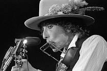 Bob Dylan v roli principála Rolling Thunder Revue