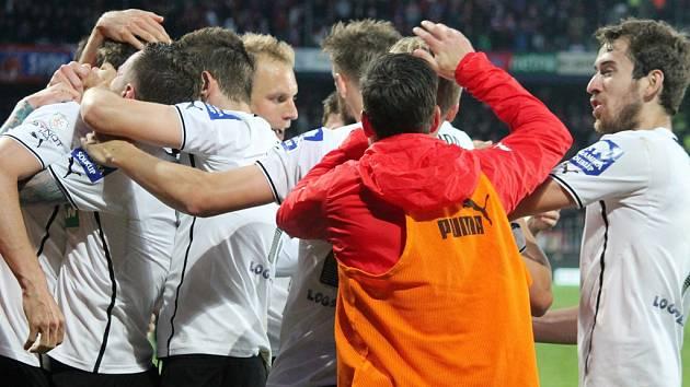 Sparta - Plzeň: Euforie na straně hráčů Viktorie