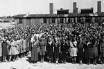Oběti po příjezdu do Auschwitzu