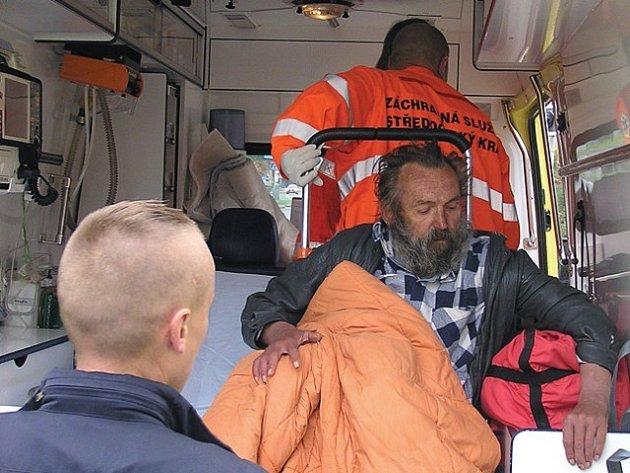 Policisté, záchranáři i personál kladenské nemocnice Václava Anděla dobře znají.