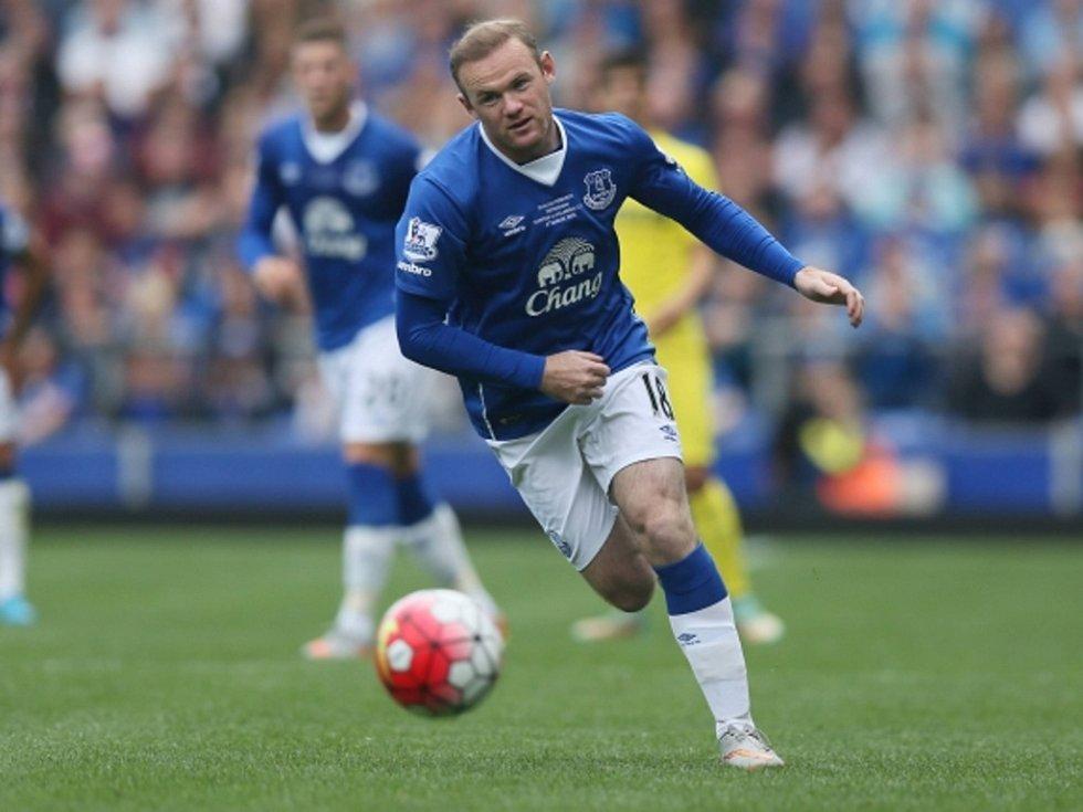 Wayne Rooney při charitativním zápase.