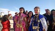 Mladé dívky z kmene Mrazigů na festivalu v Douz.