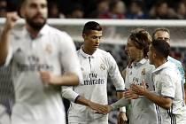 Cristiano Ronaldo rozhodl madridské derby hattrickem.
