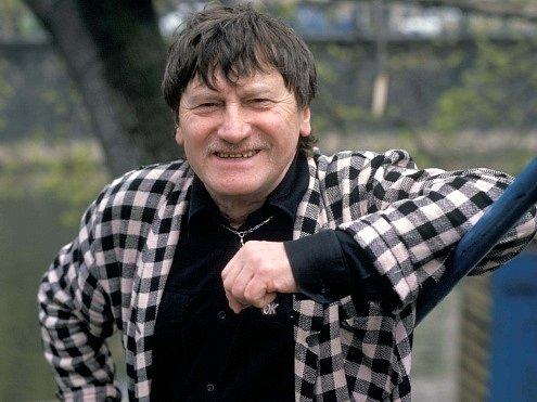 Herec, hudebník Jiří Císler.