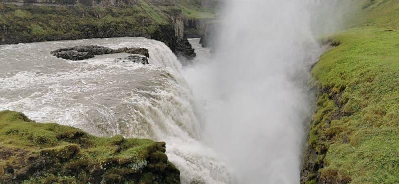 Jeden z nejkrásnějších vodopádů Gulfoss