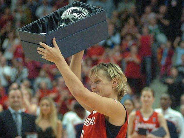 Kapitánka českých vicemistryň světa Hana Horáková byla zvolena nejlepší basketbalistkou Evropy za rok 2010.