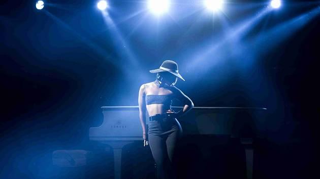 Zpěvačka Alicia Keys vystoupila 12. června v pražské O2 Areně.