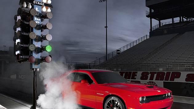 Dodge Challenger SRT Hellcat.