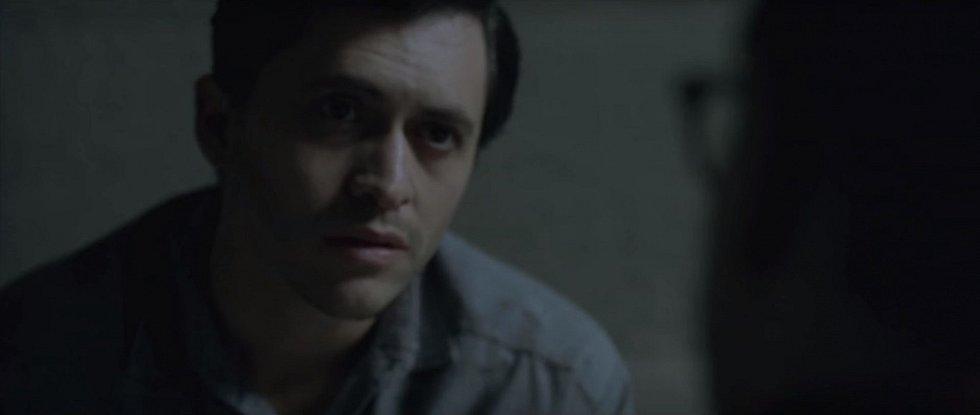 Clifton Collins Jr. v roli vraha Perryho Smithe ve filmu Capote z roku 2005