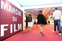 V jihofrancouzském Cannes dnes večer začal 66. ročník slavného filmového festivalu, který potrvá do 26. května.