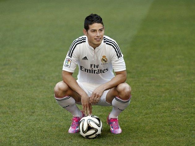 Kanonýr James Rodríguez v dresu Realu Madrid.