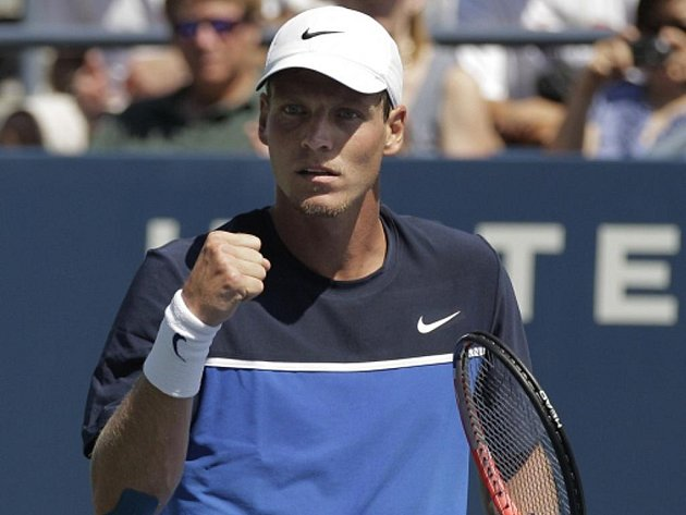 Tomáš Berdych se raduje z postupu na US Open.