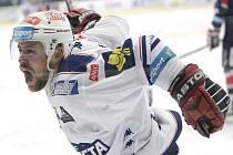 Rastislav Špirko z Komety se raduje z gólu.
