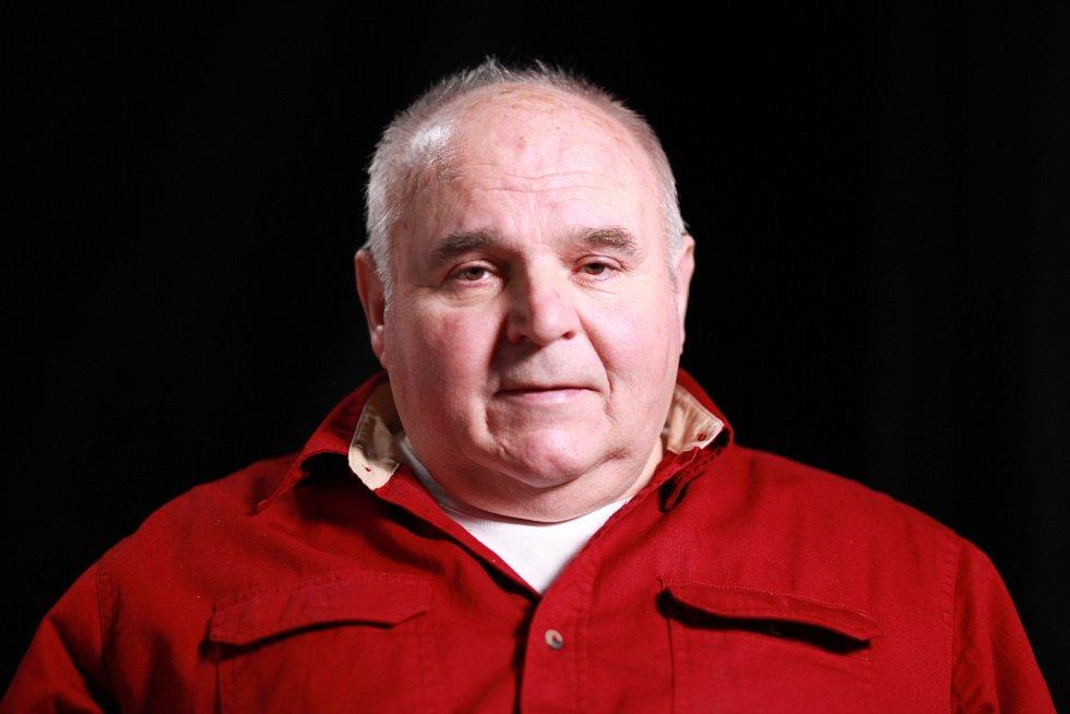 Josef Vávra při natáčení pro Paměť národa v roce 2020.