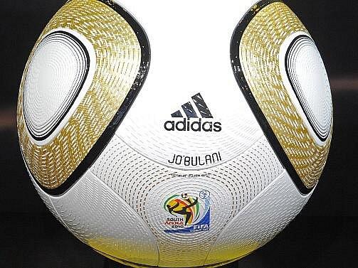 Zlatý míč Jobulani je připraven pro finálový mač MS.