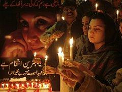 O šest týdnů později rozhodne osmdesát miliónů pákistánských voličů o budoucnosti své země