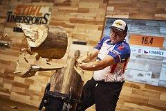 Martin Komárek na mistrovství světa v extrémním dřevorubeckém sportu