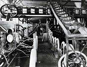 Továrna v Highland Park (1913).