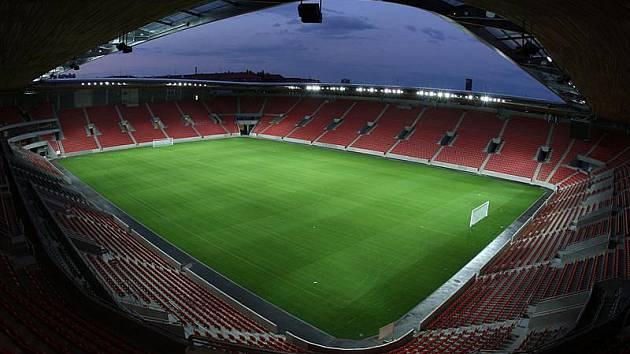 Stadion v pražském Edenu.