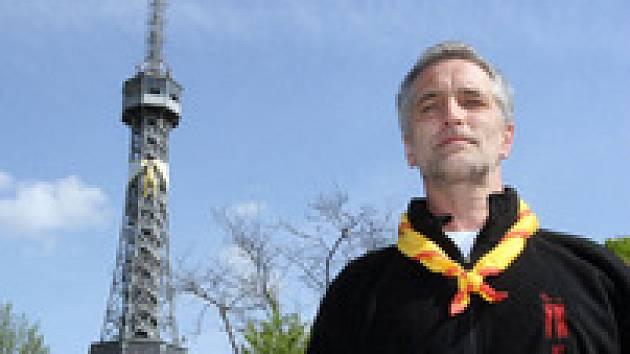 Tomáš Hanák slavil se skautem na Petříně