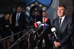 Premiér v demisi Andrej Babiš po setkání s prezidentem Milošem Zemanem, kterého navštívil 10. dubna 2018 v Lánech.