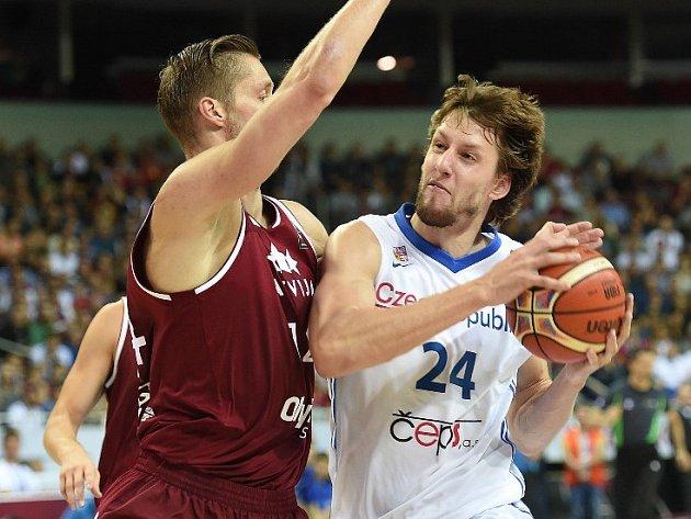 Jan Veselý v zápase proti Lotyšsku