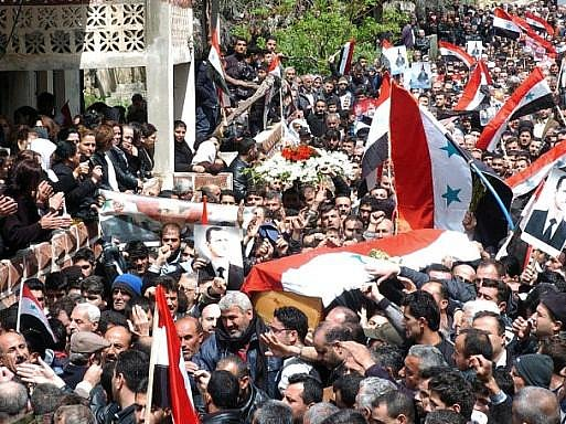 Tisíce Syřanů vyšly do ulic v několika městech a volaly po reformách.