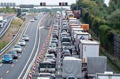 Zácpa na německé dálnici. Ilustrační foto.