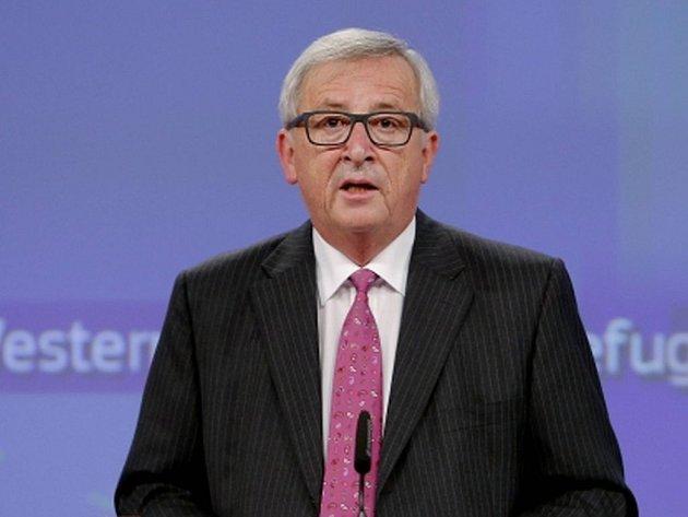 Běženci přicházející do zemí Evropské unie se musí zaregistrovat, aby jim mohla být zajištěna odpovídající práva. Prohlásil to dnes předseda Evropské komise Jean-Claude Juncker.