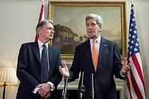 Kerry  Asad musí rezignovat f70a0e2726