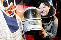 Dáda Patrasová byla jednou z kmoter nového DVD kultovního seriálu Návštěvníci, křtěného v kině MAT.