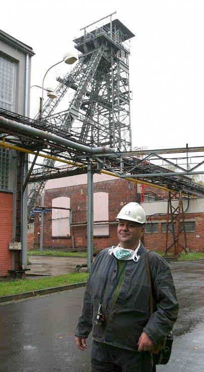 Petr Pastucha se stále považuje za horníka, byť místo těžby uhlí čerpá důlních vod na vodní jámě Jeremenko v Ostravě.