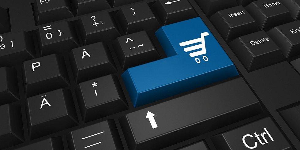Platby přes internet jsou stále oblíbenější.