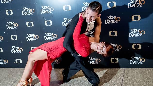 Začíná 10. ročník soutěže StarDance. Na snímku Nora Fridrichová a Jan Kohout.