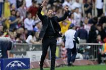 Trenér Diego Simeone.