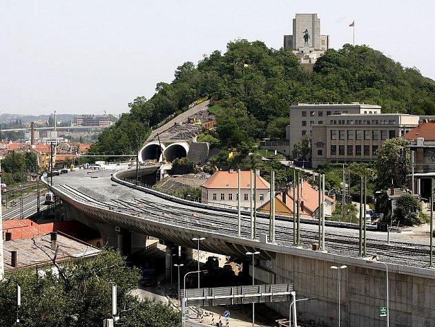 Tunely pod Vítkovem před dokončením - květen 2008