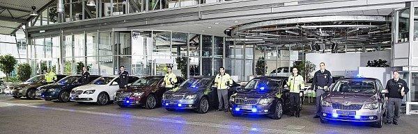 opravní policisté mají sedm nových služebních aut Škoda Superb