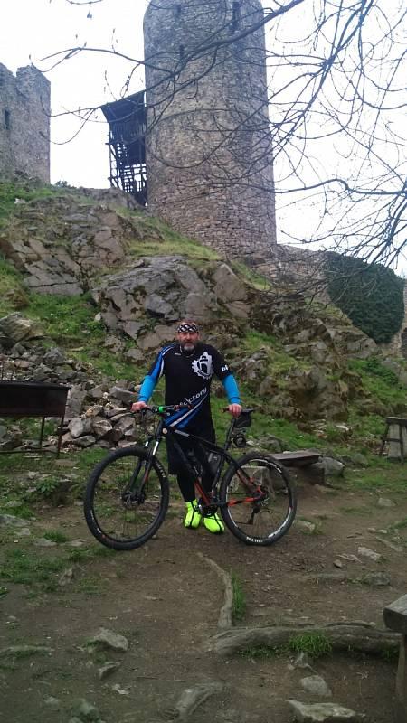 Zřícenina hradu Helfenburk