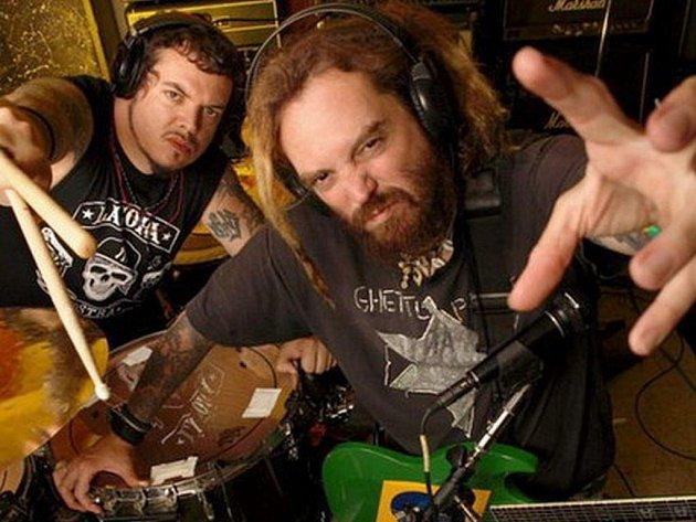 Cavalera Conspiracy - hudební projekt frontmana Sepultury, Maxe Cavalery a jeho bratra