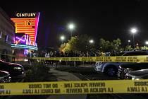 Atentátník zabil v denverském kině 12 lidí a zhruba 40 dalších