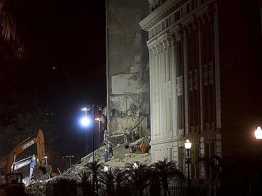 V brazilském Riu se zřítily dvvvě budovy