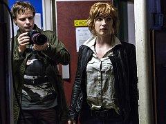 Česká televize (ČT) chystá nový kriminální seriál Clona, v němž Kryštof Hádek ztvárňuje hlavní postavu policejního kameramana Romana.