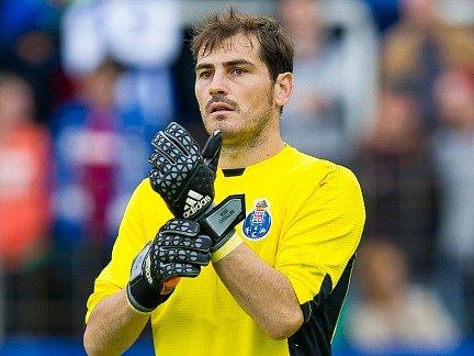 Iker Casillas v dresu Porta