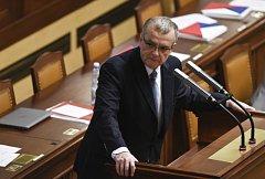 Miroslav Kalousek na mimořádné schůzi o růstu platů